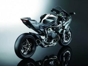 Kawasaki-H2R-01-526x395