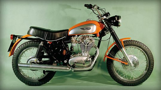 heritage_decade-1960_01_scrambler-350-dx